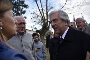 Vázquez conversa con Estela Priore, de la Liga de Fomento de San Luis
