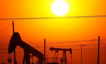 En el último año el precio del petróleo ha aumentado casi 50%.