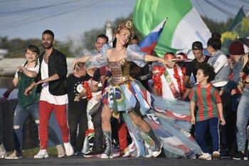 5c5eb1bfce El videoclip de la canción de Natalia Oreiro para el mundial de fútbol