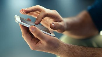Tu huella dactilar o un código numérico puede ser valioso a la hora de proteger tus fotos.