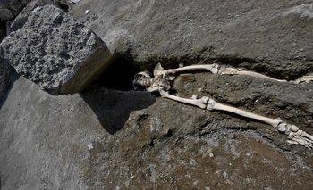 El hombre quedó aplastado bajo una enorme roca de 300 kilos.