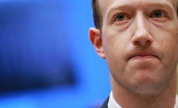 Mark Zuckerberg testificó frente al Congreso en Estados Unidos y con eurodiputados en Bruselas.