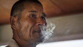 En 2016, el consumo total de tabaco disminuyó en China por primera vez en dos décadas.