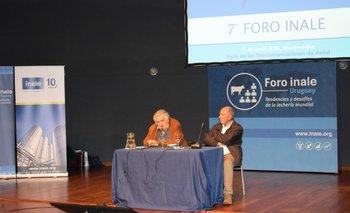 José Mujica y Ricardo De Izaguirre durante el acto de cierre del Foro del Inale.<br>
