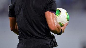 Referato uruguayo: si llueve no entrenan, no tienen ropa y faltan árbitros