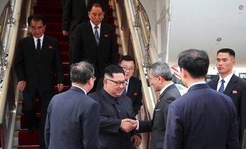 Bienvenida a Kim Jong-un en Singapur