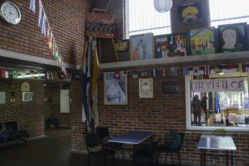 El liceo Jubilar se vistió de espíritu mundialista con múltiples banderines
