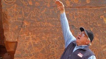 El exgerente de sistemas Kenneth Zoll empezó a investigar el secreto de las piedras hace unos 10 años.