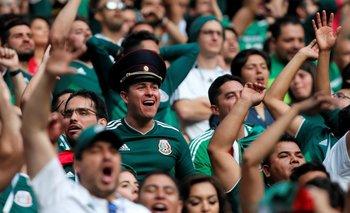 Aficionados mexicanos gritaron un cántico considerado como homofóbico en el debut de México y Alemania en Rusia 2018.