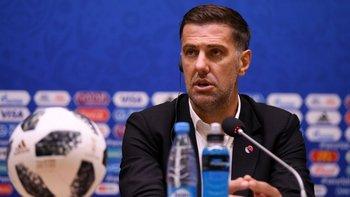 La FIFA también investiga al técnico de Serbia, Mladen Krstajic, por unas declaraciones que dio a la prensa.