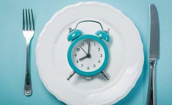 La ventaja es que de esas 16 horas de ayuno lo más probable es que alrededor de 8 estés durmiendo.