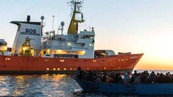 Italia y Malta consideraron que la situación a bordo del Aquarius no reunía los criterios para considerarla de peligro que justificara su desembarque inmediato.