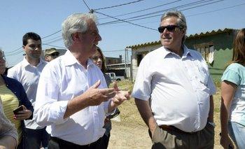 Vázquez y Antía durante una visita del presidente a San Carlos