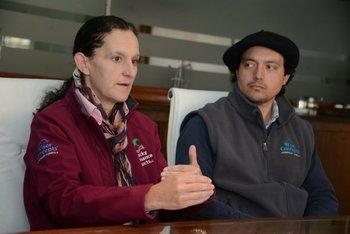 Delia Nash de KPP y Hernán de Palleja de D&A, destacan el valor de productos para alimentar caballos