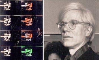 <i>14 Small Electric Chairs</i>, del artista estadounidense Andy Warhol