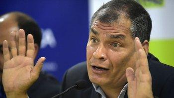 Correa afirma ser objeto de una persecución.