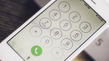 Hello permitía conectar números de la agenda telefónica con Facebook.