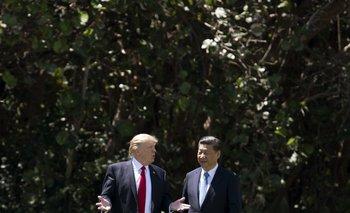 El presidente de Estados Unidos, Donald Trump, junto a su homólogo de China, Xi Jinping