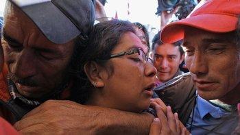 Familiares del minero Renán Ávalos. Más de 1.000 millones de personas vieron por televisión el conmovedor rescate de los mineros en Chile.