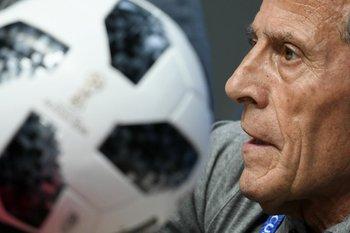 El DT de la selección uruguaya de fútbol, Oscar Washington Tabárez.<br>