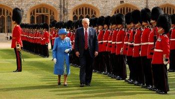La reina Isabel II recibió al presidente Donald Trump en el Castillo de Windsor.