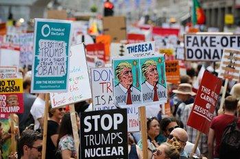 Otros se expresaron en contra de las amenazas militares para Europa.