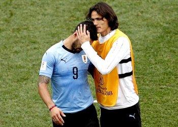 Luis Suárez y Edinson Cavani, los goleadores históricos de Uruguay