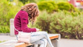Estar en una posición incómoda por un largo periodo puede provocar dolor no sólo en la espalda, sino también en el cuello y cabeza.