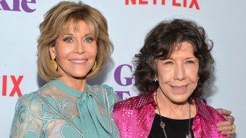 La serie puso de nuevo a Fonda y Tomlin juntas en la pantalla después de que protagonizaran la comedia de los años 80 titulada nullDe 9 a 5null.