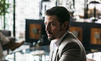 Diego Luna como el criminal mexicano Félix Gallardo<br>