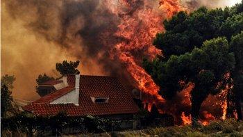 Muchas viviendas se han visto afectadas por el fuego.