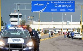 El avión perteneciente a la aerolínea Aeroméxico cayó después de despegar del aeropuerto de Durango.