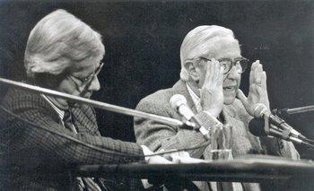 Danilo Astori y Ramón Díaz en un debate en la década de 1990.