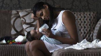 Algunas madres que han sido víctimas del abuso de sus hijos los criaron solas.