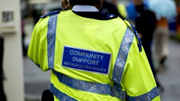 Las autoridades británicas publicaron en 2015 una guía informativa sobre la violencia y el abuso de adolescentes contra sus padres.