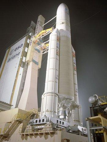 El cohete Ariane se usa para impulsar grandes naves espaciales como satélites de comunicaciones y misiones en el espacio profundo.