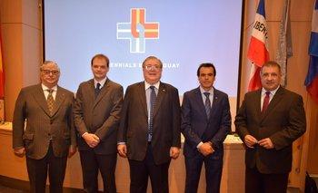 Gerardo García Rial, Eduardo Botinelli, Julio Martinez, Fernando García y Nelson Fernández <br>