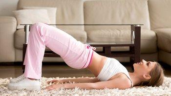 Hay una serie de ejercicios sencillos que pueden ayudarte a fortalecer tu suelo pélvico. Pregunta a tu doctor para más indicaciones.