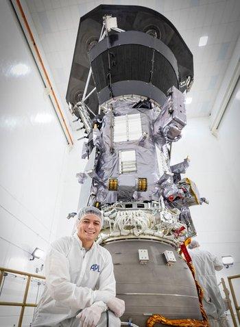 El ingeniero Juan Felipe Ruiz, quien creció en Bogotá, es jefe adjunto del equipo de ingeniería mecánica de la Sonda Solar Parker.