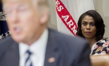 El presidente y Omarosa en febrero de 2014, cuando ella era directora de Comunicaciones de la oficina para Relacionamiento Público <br>