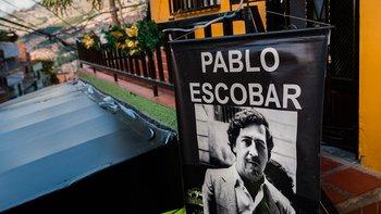 La imagen del narco colombiano Pablo Escobar sigue presente en algunos lugares de su natal Medellín (Colombia).