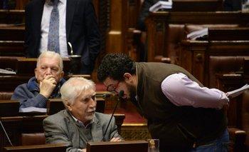 Alejandro Sánchez (MPP) y Óscar Groba (Espacio 609) durante la votación del proyecto en Diputados