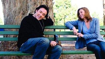 John Cusack y Diane Lane en la película Must Love Dogs<br>