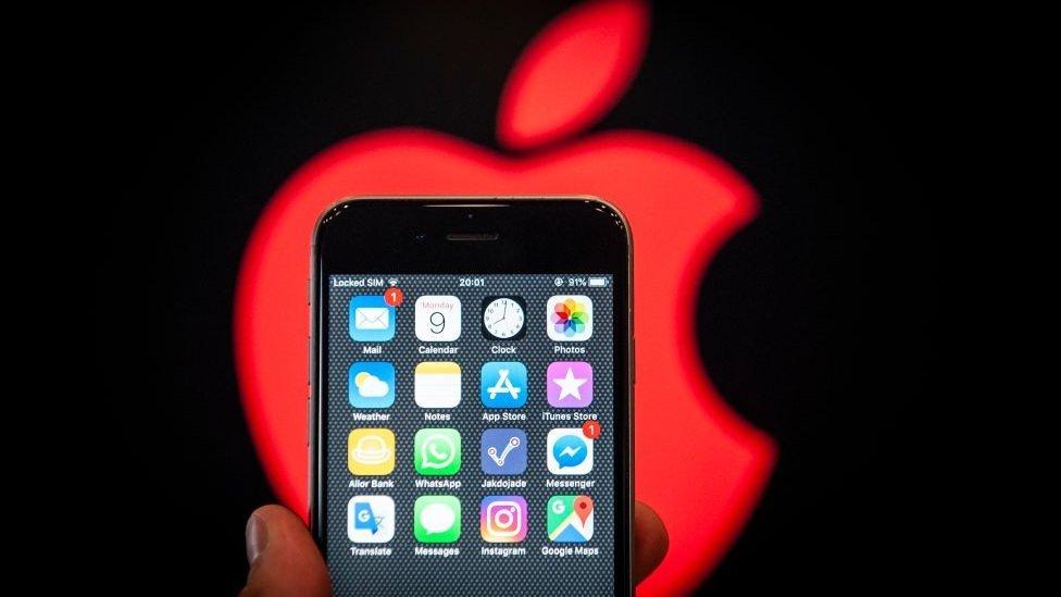 El iPhone X podría volver a la línea de producción