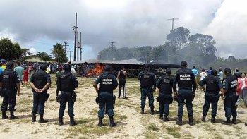 Las autoridades condenaron la violencia e investigan los disturbios.