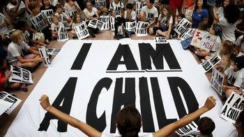 Entre mayo y fines de junio, se llevaron a cabo protestas en varias ciudades de EE.UU. contra la separación de familias de migrantes indocumentados.