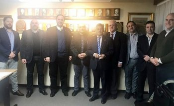Integrantes de las delegaciones de Uruguay y Argentina que integran la Asociación Americana (Aarcib)