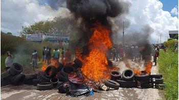 Algunos brasileños incendiaron las pertenencias de venezolanos.