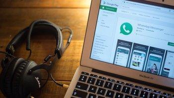 WhatsApp solo tenía 50 empleados cuando fue comprada por Facebook en 2014 por US$19.000 millones.