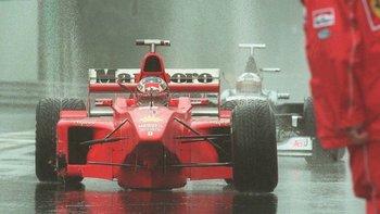 El monoplaza de Michael Schumacher destruido después del desastrozo Gran Premio de Bélgica de 1998.